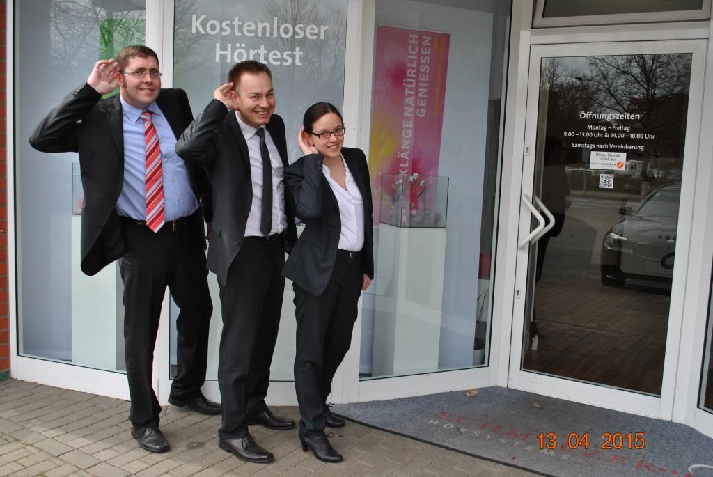 Das Team in Bargteheide: Steffen Leitow (l.), Felix Schmelzer und Benita Kiefer
